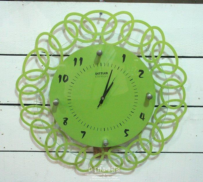 ~*歐室精品傢飾館*~ 現代 簡約 風格 鍛鐵 幾何 設計 彩色 玻璃 數字 綠色 掛鐘 時鐘 擺飾 裝飾~新款上市~