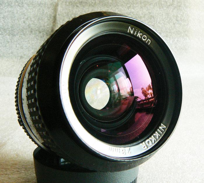 【悠悠山河】酒紅膜 酒吧之眼 Nikon Nikkor 28mm F2 ai 成像精銳細膩 透亮無刮無霉無霧無塵 收藏級