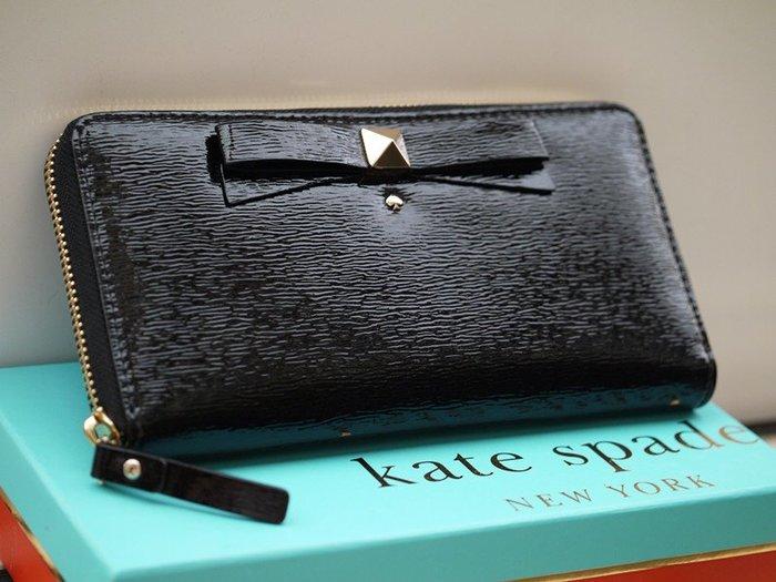 笑笑專屬® Kate Spade BEACON COURT LACEY 黑色波紋蝴蝶結拉鍊錢包 錢夾 皮夾 長夾 現貨!
