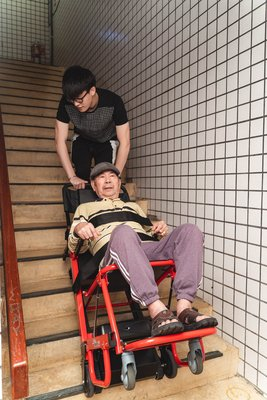 爬梯機上下樓服務(單趟)