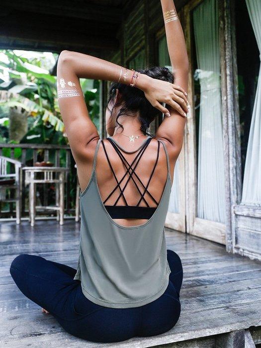 【路依坊】健身背心 罩衫 彈力美背 寬鬆透氣 柔軟舒適 跑步 瑜珈背心 重訓背心 運動罩衫 慢跑上衣 哪裡買 A9004