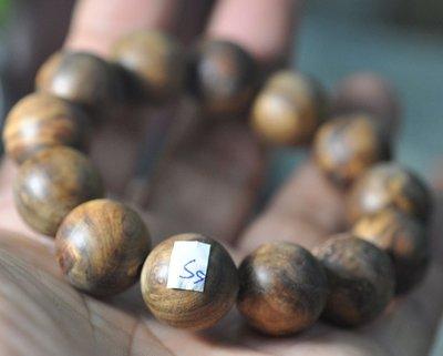 宋家苦茶油shawnanall.s5號.台灣三峽黑格肖楠木所製18mm13顆手珠.香噴噴.沉水黑格重油.