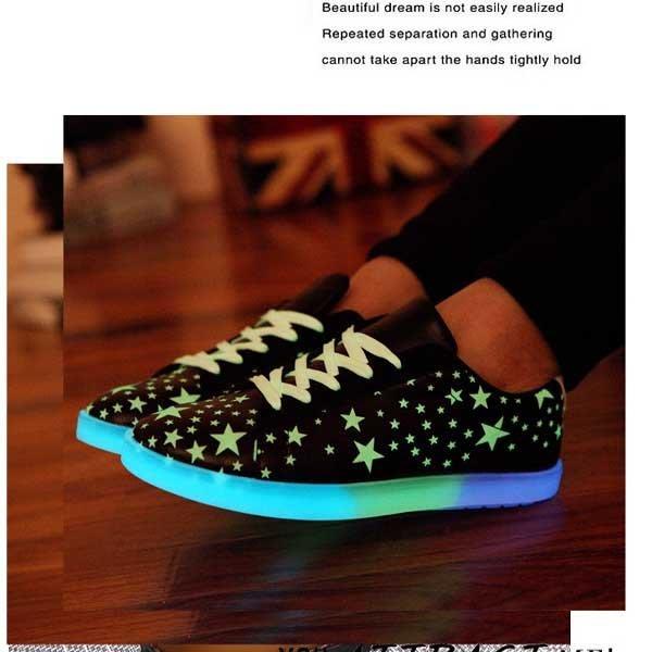 5Cgo【鴿樓】會員有優惠 520427738964 韓版運動休閑鞋螢光鞋吸光自動發光 太陽能螢光板鞋潮流發光鞋