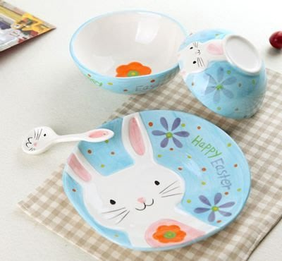 【奇滿來】兒童餐具 多款動物 小白兔 松鼠 碗2個+盤子+湯匙 多款 可愛動物 3D手繪餐具 四件組 陶瓷碗盤 BABO