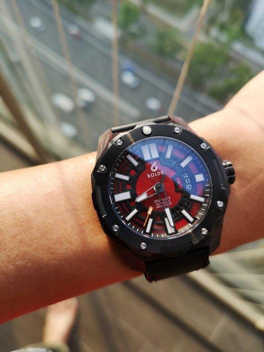 6️⃣六樓先生6️⃣BOLDR Odyssey Carbon - Red 碳纖維材質 瑞士機芯 機械錶 潛水錶