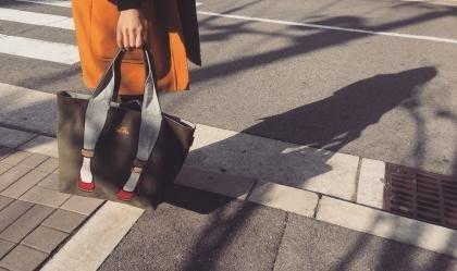 *日式雜貨館*日本帶回  mis zapatos緊身褲手提包 肩背包 帆布肩背包 帆布手提包 另售白色戀人 六花亭