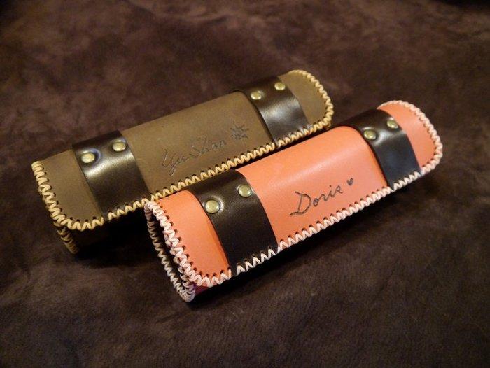 KH手工皮革工作室 MIT全手工訂製真皮鉛筆盒化妝包筆套化妝盒頭層牛皮圓型磁釦收納方便皮革縫線配色自選情人節生日禮物