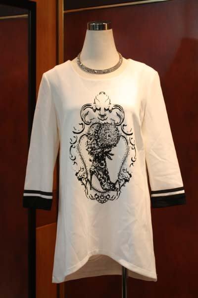 【性感貝貝2館】白色七分袖上衣