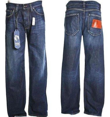 全新 BLUE BLOOD 皮標LOGO牛仔褲(藍血)