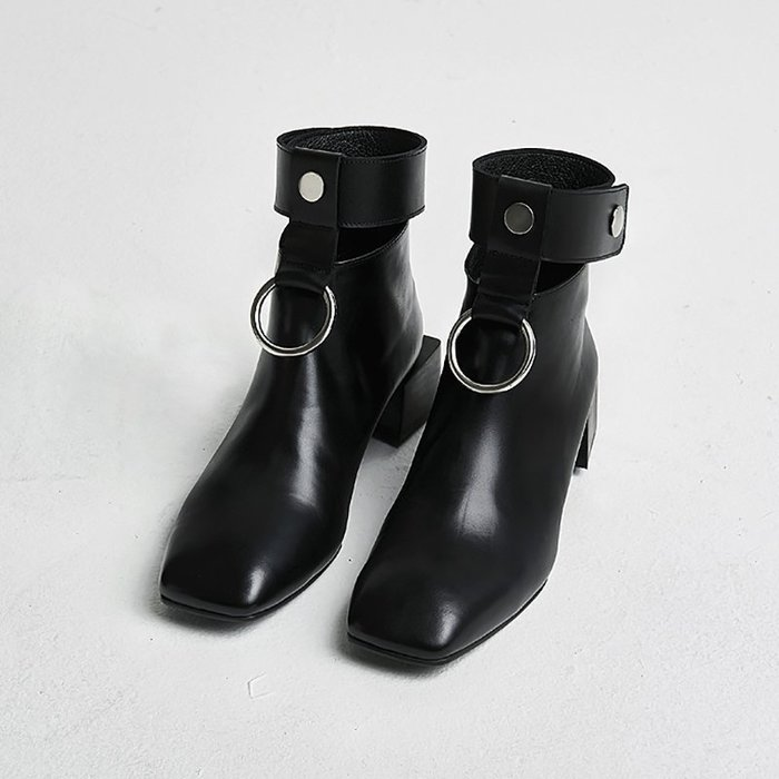 SeyeS {韓國空運} 個性英倫歐美時尚搖滾後拉鍊繫踝鐵圈短靴