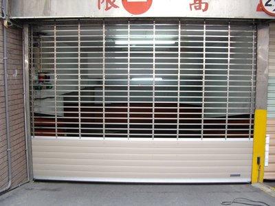 停車場鐵捲門防壓防夾感應設備 紅外線偵測器 安全防壓裝置 防壓感應器 規劃施工