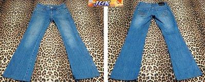 BIG TRAIN牛仔褲 女款 曲線修身 窄版 靴型~顏色:刷色藍-尺寸:M號27腰【特價】【J&K嚴選】LV來自星星的