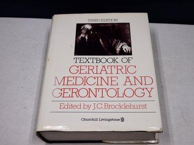 【考試院二手書】《Textbook of geriatric medicine and gerontology》