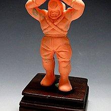 【 金王記拍寶網 】(常5) W5165 早期台灣袖珍老玩具 筋肉人 老品一隻 絕版罕見稀少 (櫥櫃袖珍品老玩具珍藏)