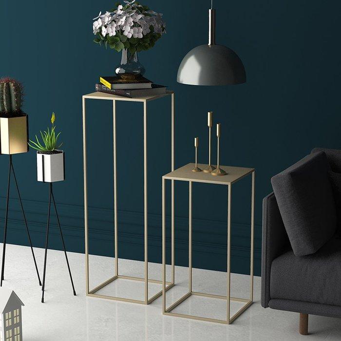 ABOUT。R 空間設計裝飾邊几金色簡約綠植花架創意鐵藝花托沙發邊幾室內多功能置物架時尚擺件桌邊几長桌可訂製(3色可選)