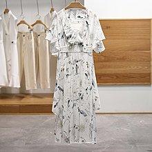 【木風小舖】童趣 荷葉袖 前短後長大V領綁帶洋裝*白