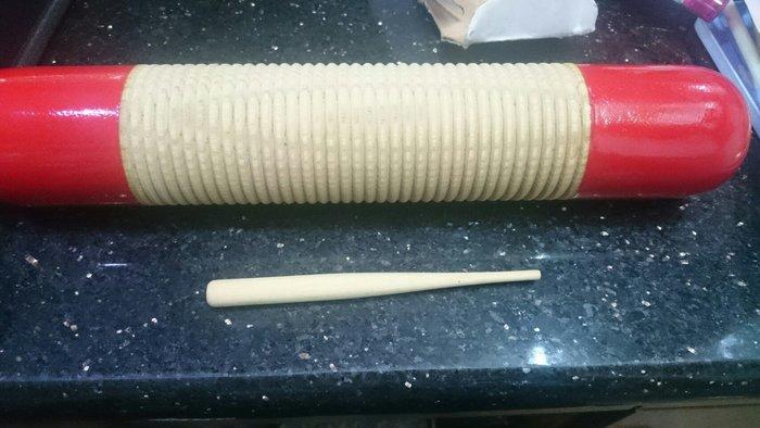 ╰☆美弦樂器☆╯筒型刮胡(大) 又稱齒木.木製(附刮棒)
