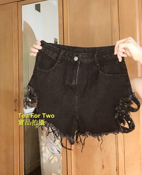 出清特賣,百元系列,全新B876- 牛仔短褲,側邊特殊設計,性感線條