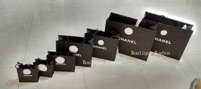 《Boutique Bonbon》 香奈兒 紙袋 CHANEL 黑色 白色 紙袋 提袋 聖誔版 ~ 現貨 LV 愛馬仕