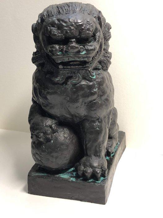 裕山[陶&茶] 楊英風老師[ 祥獅圓融  ] 雕塑作品 (12.5*9*18.5公分)