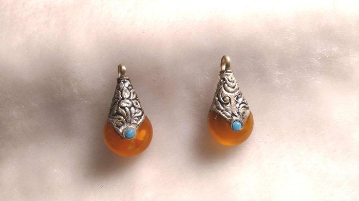 古色古香西藏老蜜臘墜子可代工製耳環一個590  二個特價1000
