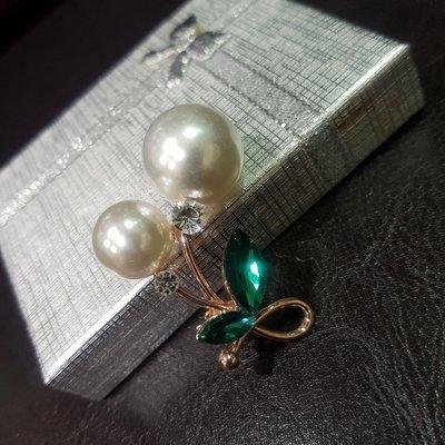 雙珠綠葉別針/胸針