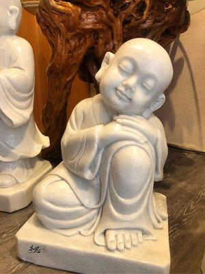 《木思香堂》天然漢白玉手工雕刻小沙彌/園藝造景