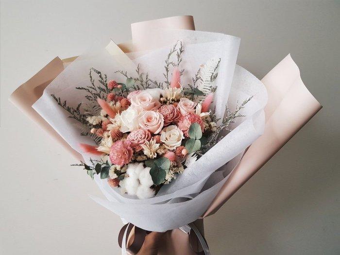 粉玫瑰永生乾燥花束|台北西門歡迎自取 | Flower&House花藝之家