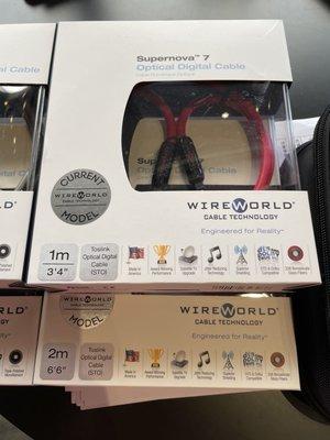 「特惠、有現貨」美國原廠、WireWorld OPT Supernova 7 2M玻璃數位光纖線、原廠盒裝、全新未開封、公司貨、多種長度可詢問。