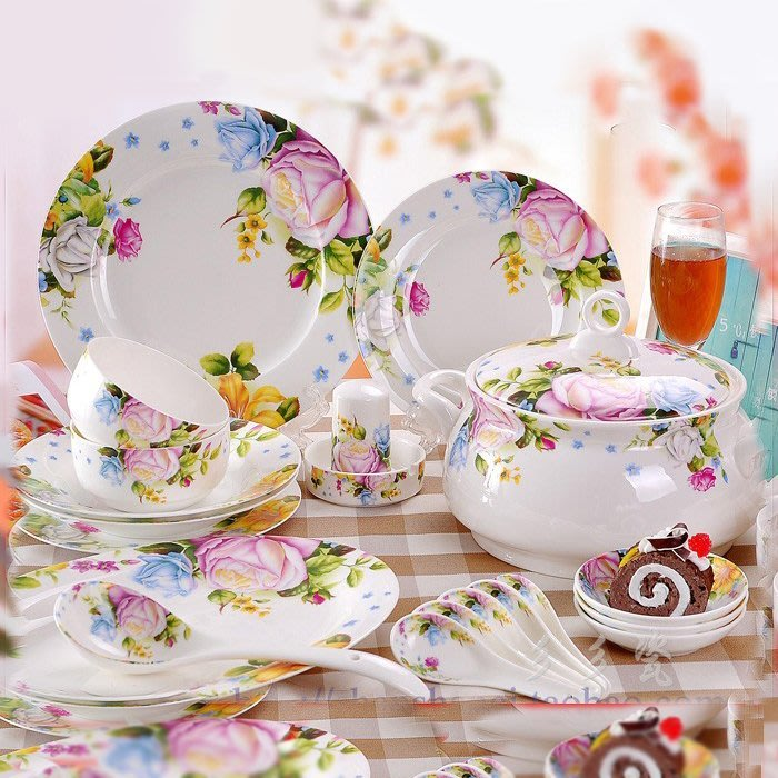 粉紅玫瑰精品屋~韓式 56頭骨瓷餐具套裝 金箔款~宮廷款