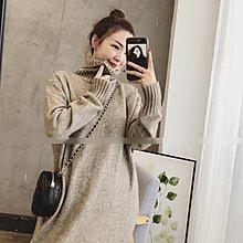 新品特價到1/29調回原價790洋裝 加厚兔絨包芯紗蓄熱保暖套頭高領長版寬鬆連身裙 艾爾莎【TAE8123】
