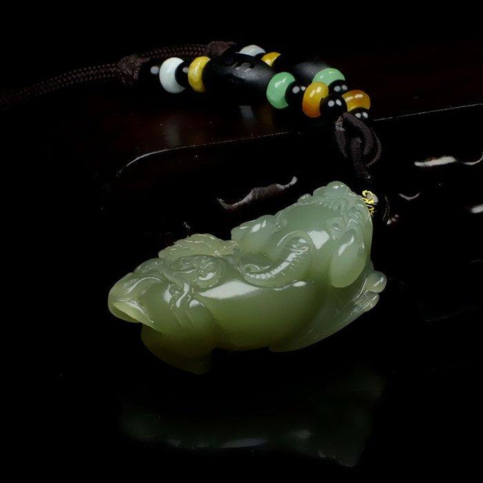 天然真品和田玉青白玉貔貅玉吊墜男女款玉石項鏈貔貅玉墜玉器掛件 玉器 首飾 白玉