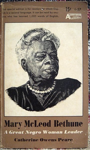 絕版舊書二手書階梯英語【A Great Negro Woman Leader Mary Mcleod Bethune】,低價起標無底價!