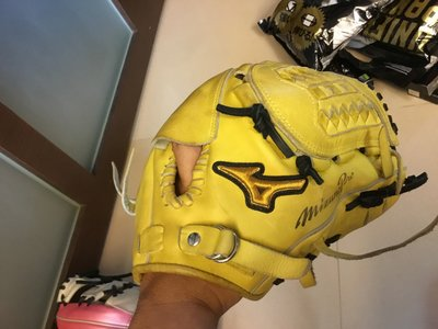 (WWW棒球小舖)二手拍賣區`Mizuno  PRO 硬式投手棒球手套~日本帶回~哈(^^)我的手套太多了!