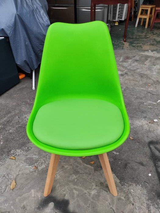 非凡二手家具 全新庫存品 丹麥綠色休閒餐椅*餐椅*造型椅*椅凳*休閒椅*洽談椅*接待椅*化妝椅*房間椅*沙發椅