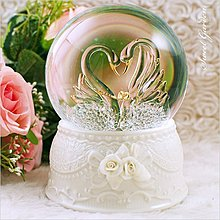 Sweet Garden, 結婚 情侶禮物 婚禮佈置 音樂盒 玻璃拉絲 JARLL幸福天鵝音樂水晶球 夜燈(免運) 台中
