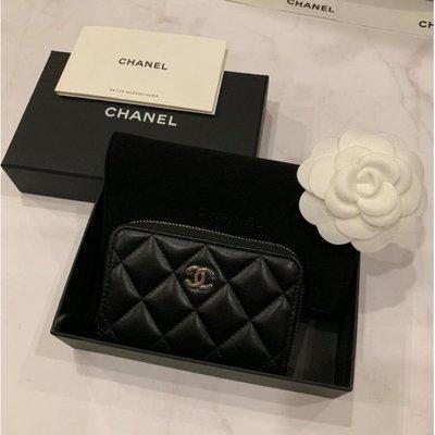 Chanel Classic Zipped 經典黑色 羊皮 金色logo A69271 拉鏈零錢包 卡包 現貨