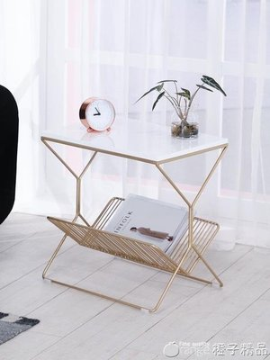 哆啦本鋪 北歐現代簡約臥室床邊桌子大理石小茶幾鐵藝床頭柜沙發邊幾角幾 D655