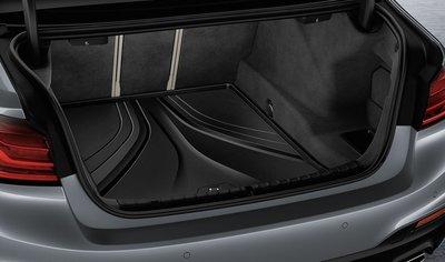 【樂駒】BMW 5 Series G30 原廠 車用 精品 後車廂 行李箱 襯墊 防水 防污 易清