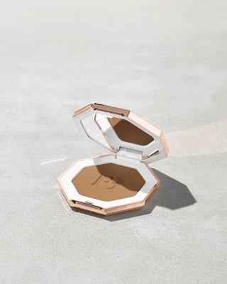代購 預購 FENTY BEAUTY 修容 古銅粉 SUN STALK'R Instant Warmth Bronzer