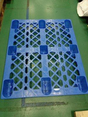 約七八成新之二手棧板+木棧板+紙棧板~只可新北市中和遠東廣場工業區面交取貨唷~需要請先詢問料況
