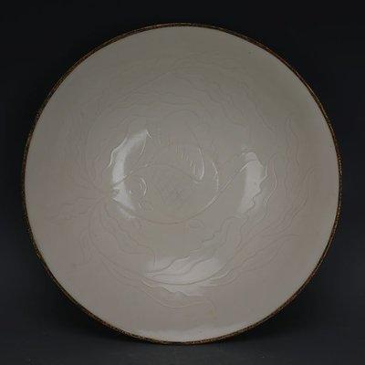 ㊣姥姥的寶藏㊣ 宋定窯手工雕刻魚藻紋包金邊大號碗  出土文物古瓷器古玩古董收藏