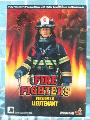 Hot Toys12吋Fire Fighters Version 2.0 Lieutenant可動人型玩偶公仔消防救火員