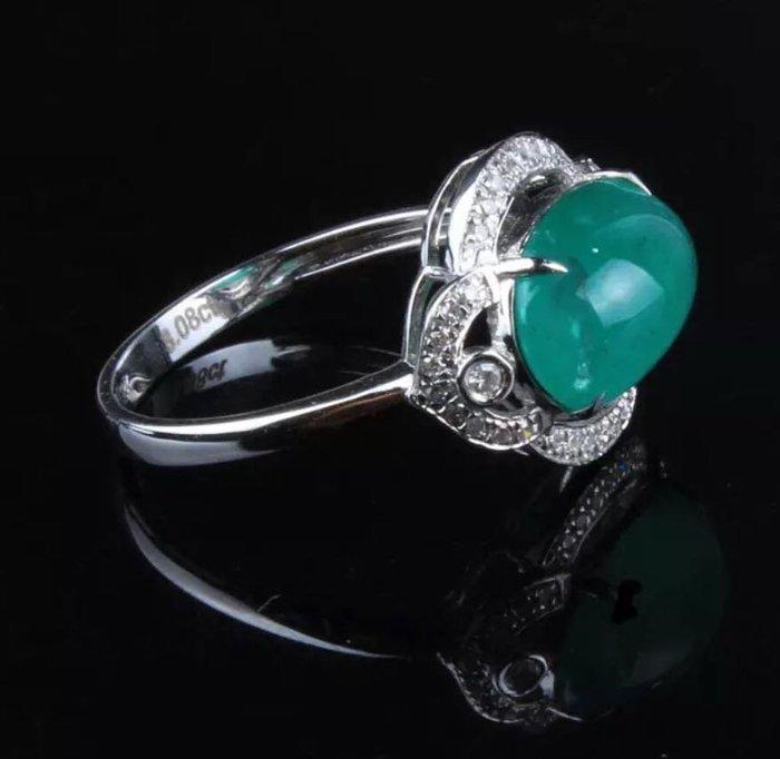 【福報來了】3.08克拉美豔祖母綠鑲鑽18k戒指,戒圍11.25,歐規52(编號297)
