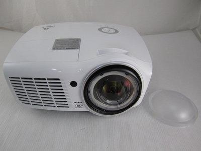 Vivitek D873ST 高亮度短焦3D投影機  3600流明/燈泡使用29小時*11800元*(ID198)