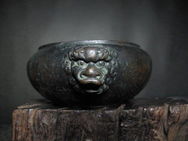 老銅爐 ◎   獅頭  銅香爐【永寶 款】