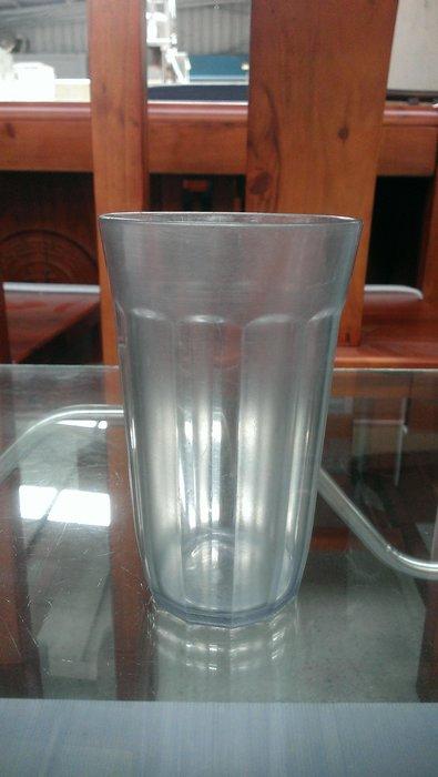大台南冠均二手貨--塑膠杯 水杯 茶杯 飲料杯 汽水杯 水果杯 酒杯 圓口杯 量多~便宜賣 *餐飲設備/生財器具/餐桌椅