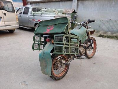 兔籠天鷹摩托車馱籠趴狗架疊加馱籠包工具包趴狗墊通用型兔籠折疊式籠