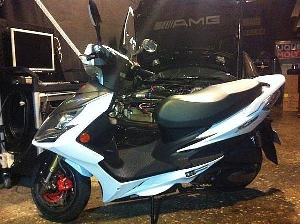 MILK71322目光踏墊止滑減震機車腳踏墊精品-Racing king180/150