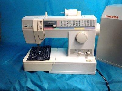 家庭用縫紉機、二手勝家SINGER 9124型,不用更換底線,全自動 手提 拼布 、學生、家用兩皆宜~(保固半年)